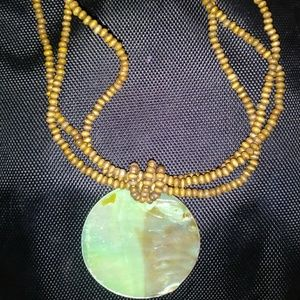 Jewelry - Green Mother Of Pearl Brown Beaded Necklace💕💌